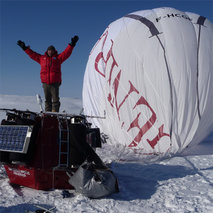 Support for the scientific expedition on climate change led by Jean-Louis Étienne at the North Pole