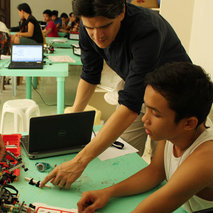 Training in digital professions for youths in the Philippines